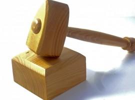 acacia-wood-gavel and block