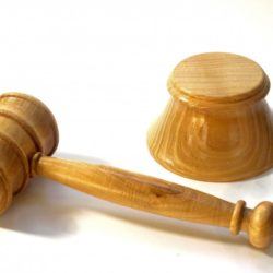 acacia-wood-gavel and block