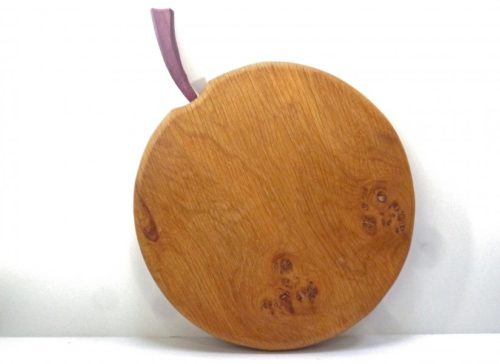 apple-shaped-wooden-chopping-board