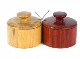 salt-and-pepper-pinch-pots
