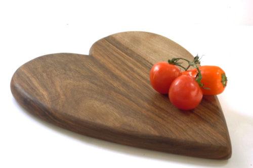 wooden walnut heart shaped chopping board