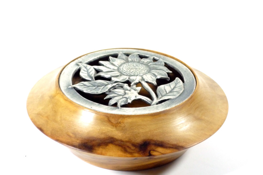 handmade wooden bowl and pot pourri