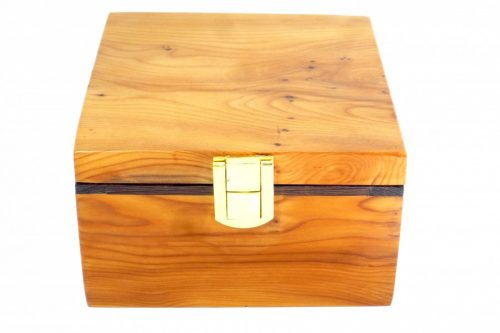 handmade-wooden-dovetail-jointed-boxed-palm-gavel
