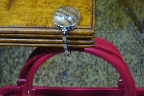 handbag holder
