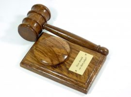 Presentation gavel and block English Brown Oak personalised